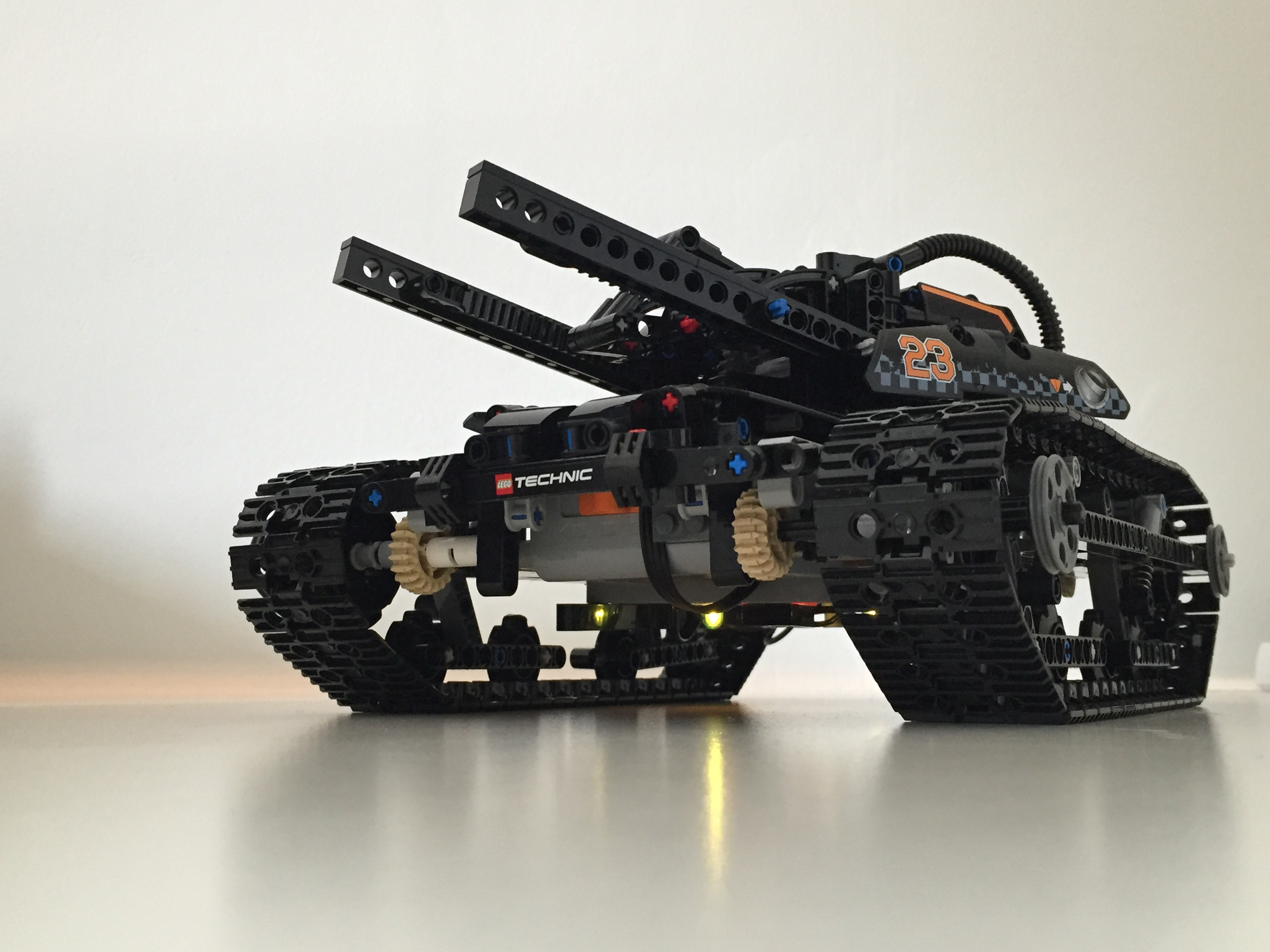 SciFi Tank Sabertooth